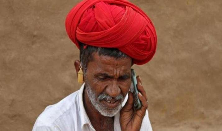 सरकार ने टेलीकॉम कंपनियों से कॉल रेट कम करने को कहा, जीएसटी से मिलेगा ग्राहकों को लाभ- IndiaTV Paisa