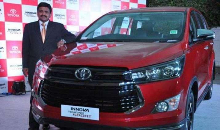 टोयोटा ने भारत में लॉन्च की नई इनोवा टूरिंग स्पोर्ट, कीमत 17.79 लाख से शुरू- IndiaTV Paisa