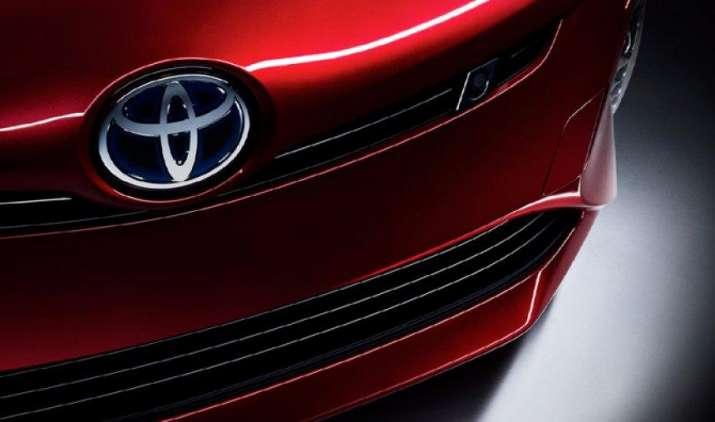 टोयोटा का वार्षिक लाभ पांच साल में पहली बार 21% गिरा, टाटा की वैश्विक बिक्री 9 फीसदी घटी- IndiaTV Paisa