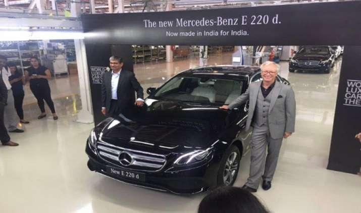 Mercedes Benz की नई कार E220D की लॉन्चिंग से पहले ही बुक हुईं 1000 यूनिट, डिलीवरी के लिए 4-6 हफ्ते का इंतजार- IndiaTV Paisa