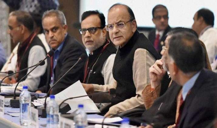 जीएसटी परिषद आज तय करेगी सोना, कपड़ा और बिस्किट पर टैक्स रेट, वित्त मंत्री की अध्यक्षता में होगी बैठक- India TV Paisa