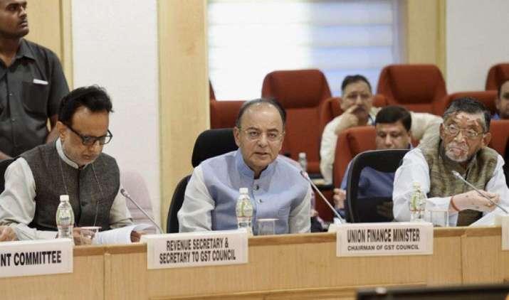 व्यापारियों को जुलाई-अगस्त के लिए GST रिटर्न के नियमों में मिली ढील, 30 जून की आधी रात से नई कर व्यवस्था होगी लागू- IndiaTV Paisa