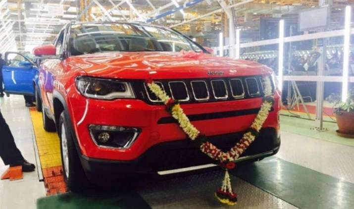 फिएट ने पेश की अपनी पहली मेड-इन-इंडिया SUV जीप कंपास, हुंडई Tuscon और Honda CR-V को देगी टक्कर- IndiaTV Paisa