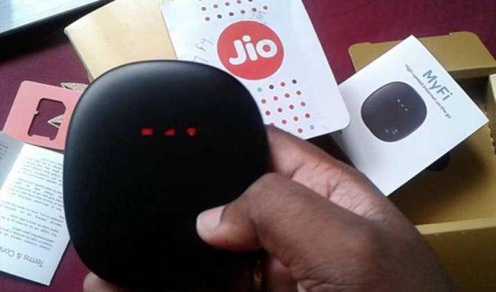 रिलायंस जियो ने अब डाटा कार्ड कंपनियों पछाड़ा, Huawei और ZTE को पीछे छोड़ बनी नंबर वन कंपनी- India TV Paisa