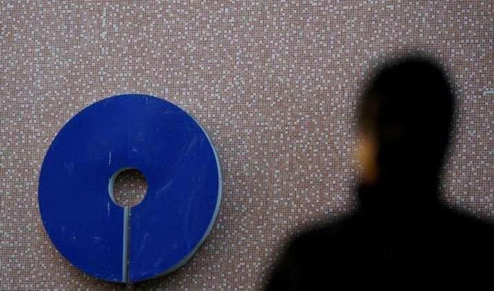 भारतीय स्टेट बैंक (SBI) ने ब्याज दरों में की 0.10% की कटौती, 75 लाख से अधिक का लोन लेने वालों को होगा फायदा- IndiaTV Paisa
