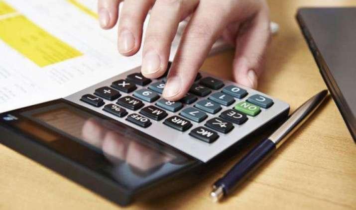Advance Tax Payment: 15 जून तक करनी है पहली किस्त जमा, जानिए किन लोगों को देना जरूरी होता है ये- IndiaTV Paisa