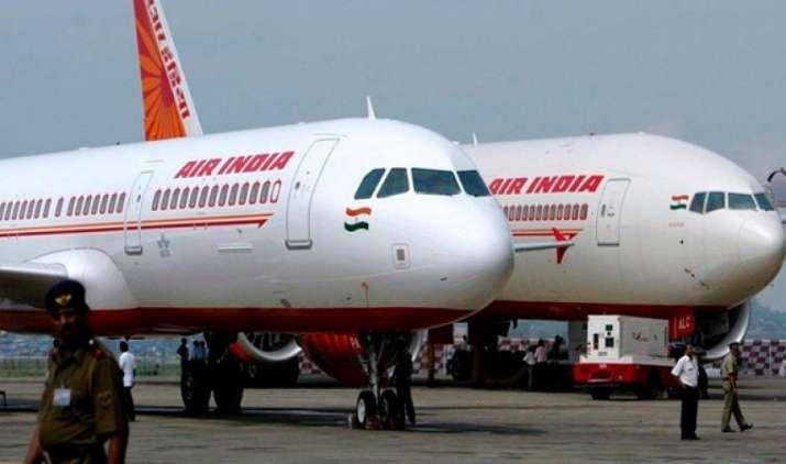एयर इंडिया में यात्रियों को मिलेगा सिर्फ शाकाहारी भोजन, कंपनी 10 करोड़ की करेगी सालाना बचत- India TV Paisa