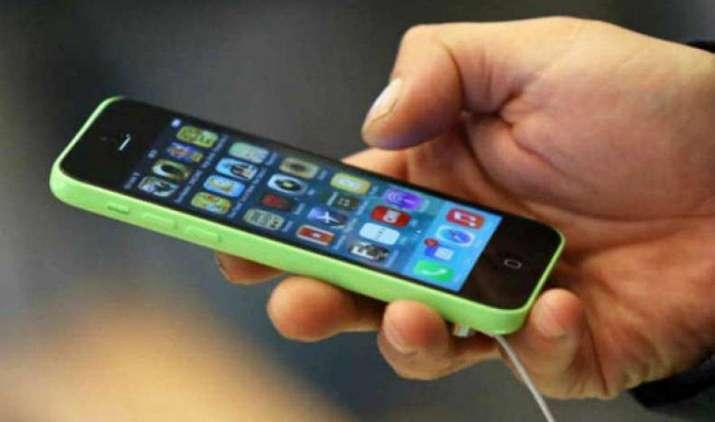 ट्राई ने ऑपरेटर्स से एक साल की वैलीडिटी वाले डाटा पैक लॉन्च करने को कहा, एप की मदद से कॉल क्वालिटी जांच सकेंगे यूजर्स- India TV Paisa
