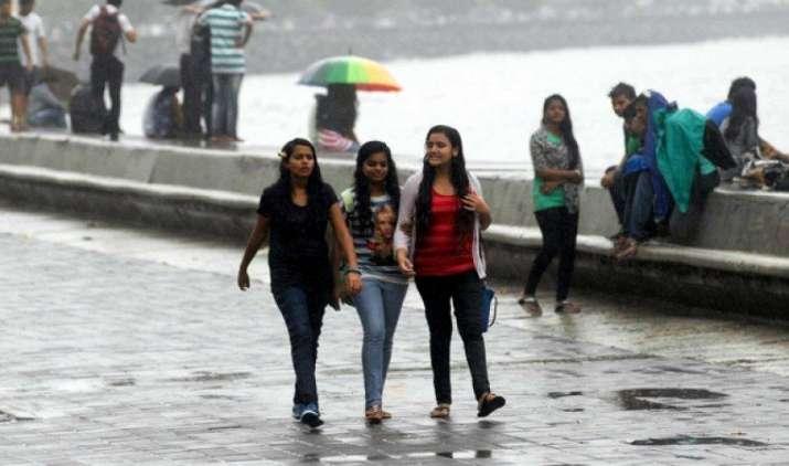 #monsoon2017: गुजरात समेत इन इलाकों में प्री-मानसून में भारी बारिश, 9-15 जून तक सेंट्रल इंडिया पहुंचेगा- IndiaTV Paisa
