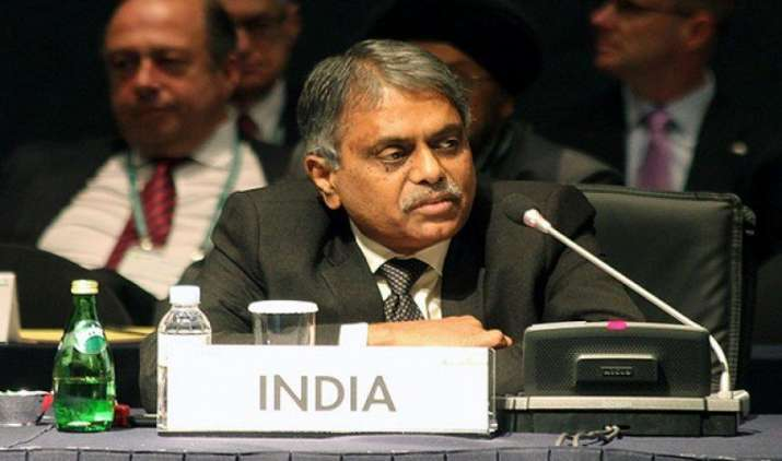 सरकार ने अधिकारियों को दिया निर्देश, GST के अनुकूल करवाएं रिटेल कारोबारियों की बिलिंग मशीनें- India TV Paisa