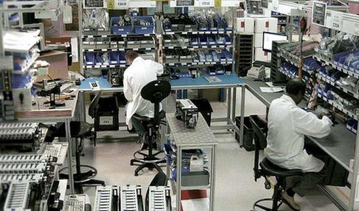 GST लागू होने से घटेगी इलेक्ट्रॉनिक्स उपकरणों की निर्माण लागत, मैन्युफैक्चरिंग का बड़ा हब बनेगा भारत- IndiaTV Paisa