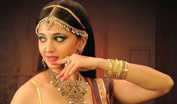 Gold में लगातार दूसरे सप्ताह तेजी का रुख, चांदी की कीमतों में भी 790 रुपए का इजाफा- IndiaTV Paisa