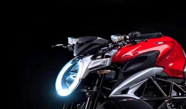 MV अगस्ता ने भारतीय बाजार में उतारी 2017 ब्रुटेल 800 बाइक, कीमत 15.59 लाख- India TV Paisa
