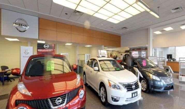 GST impact: Nissan ने अपने वाहनों की कीमत 3 प्रतिशत तक घटाई, लघु अवधि में मांग बढ़ने की उम्मीद- India TV Paisa