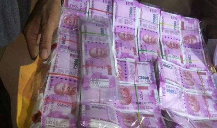 इनकम टैक्स विभाग ने 19,000 करोड़ रुपए के कालेधन का पता लगाया, ICIJ और HSBC मामलों की चल रही है जांच- IndiaTV Paisa