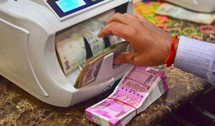 क्रेडिट कार्ड बिल भुगतान सहित इन 5 जगह पर कर सकेंगे 2 लाख रुपए से अधिक का नगद लेन-देन, सरकार ने दी राहत- India TV Paisa