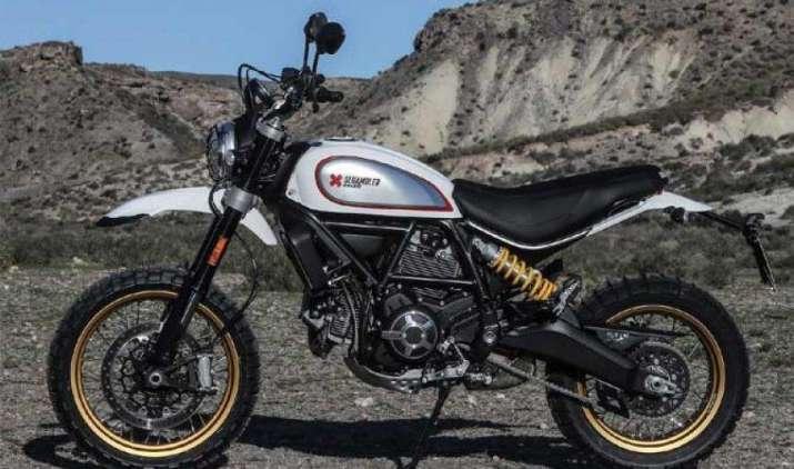 डुकाटी ने भारतीय बाजार में उतारी अपनी ऑफरोड बाइक स्क्रैंबलर डैज़र्ट स्लैड, कीमत 9.32 लाख- India TV Paisa