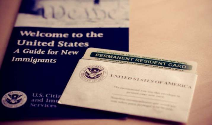 अमेरिका का ग्रीन कार्ड हासिल करने के लिए करना होगा 12 साल तक इंतजार, यह है वजह- IndiaTV Paisa