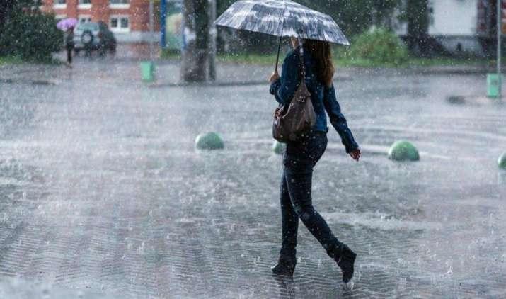 दिल्ली में भारी बारिश की चेतावनी, गुजरात के लिए जारी हुआ रेड अलर्ट, मध्य प्रदेश को भी चौकन्ना किया- India TV Paisa