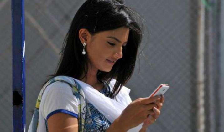 अब केवल 2 रुपए में मिलेगा मोबाइल इंटरनेट, सार्वजनिक wi-fi हॉटस्पॉट के लिए TRAI ने किया कंपनियों को आमंत्रित- India TV Paisa