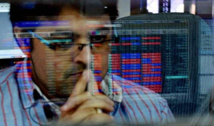 1992 के बाद ITC के शेयर में आई सबसे बड़ी गिरावट, निवेशकों के डूबे 19,000 करोड़ रुपए- India TV Paisa