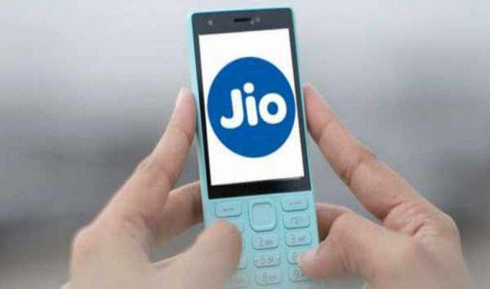 153 रुपए के अनलिमिटेड प्लान के साथ लॉन्च हुआ Jioफोन, एयरटेल और आइडिया के शेयर फिसले- IndiaTV Paisa