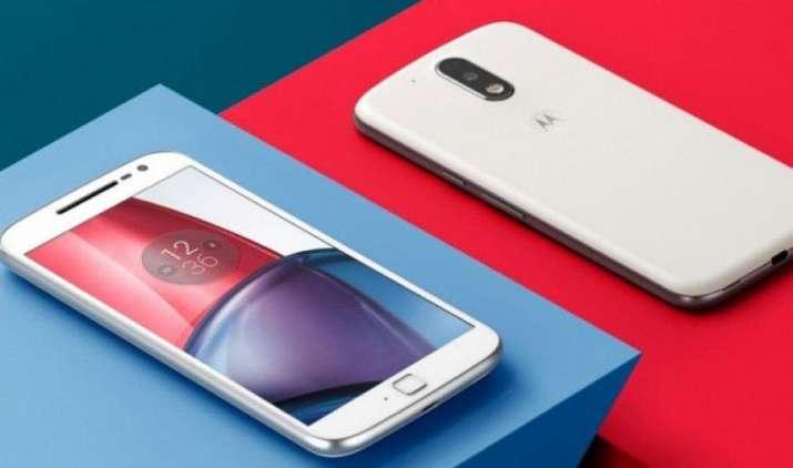 Motorola ने लॉन्च किए E4 और E4 प्लस स्मार्टफोन, आज रात से ऑफर्स के साथ शुरू होगी फ्लिपकार्ट पर बिक्री- India TV Paisa