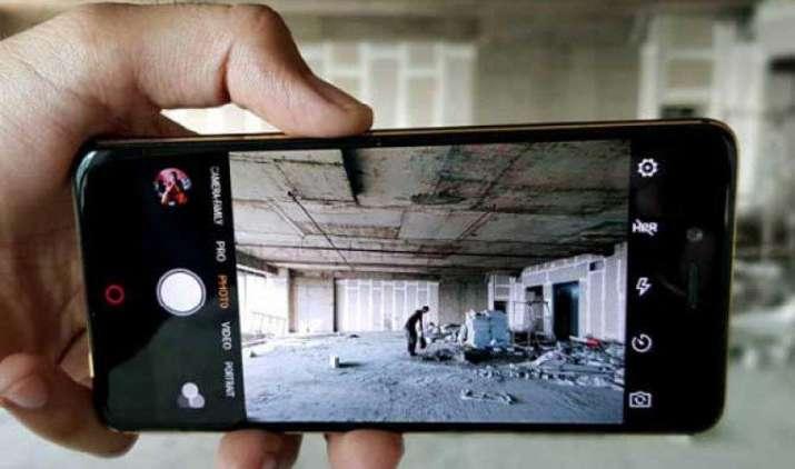 अमेजन पर शुरू हुई स्मार्टफोन पर 3 दिन की 'समर रश' सेल, नूबिया के फोन पर मिल रही है 4000 रुपए तक की छूट- India TV Paisa