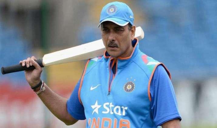 टीम इंडिया के नए कोच रवि शास्त्री की सैलरी सुनकर रह जाएंगे हैरान, कोचिंग स्टाफ के दूसरे सदस्यों को भी करोड़ों का पैकेज- India TV Paisa
