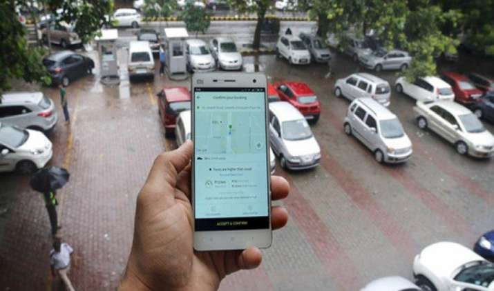 प्राइवेट कार ओनर्स को मिल सकती है राइडशेयरिंग से पैसा कमाने की मंजूरी, सरकार ट्रैफिक कम करने पर कर रही है विचार- India TV Paisa