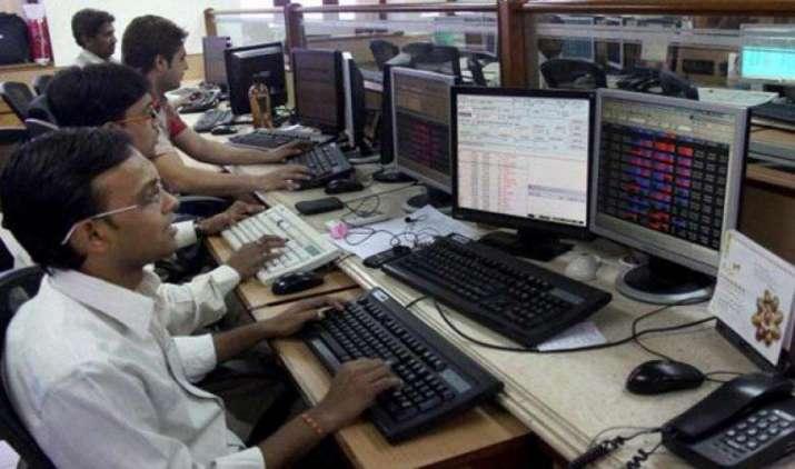 सीमित दायरे में कारोबार करने के बाद सेंसेक्स 35 अंक चढ़कर बंद, निफ्टी 9,638 पर हुआ सेटल- IndiaTV Paisa