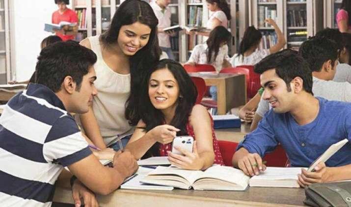BSNL I-Day offer: अब रोमिंग पर भी मिलेगा स्पेशल प्लान का फायदा, वॉइस, एसएमएस और कोम्बो वाउचर्स होंगे फ्री- IndiaTV Paisa