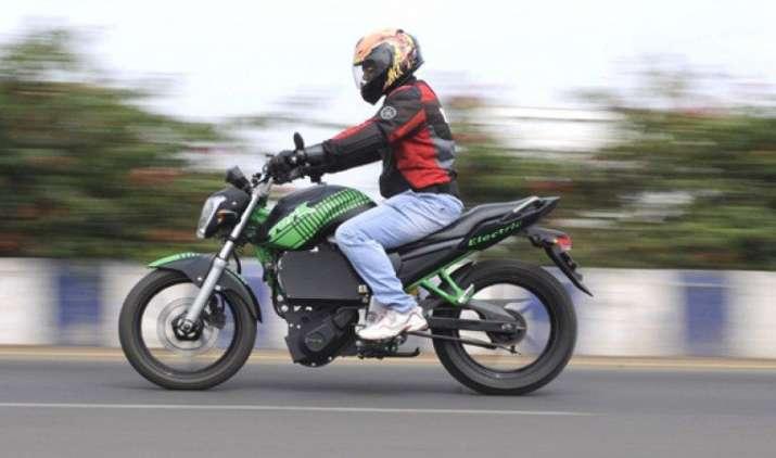 TVS मोटर लॉन्च करेगी इलेक्ट्रिक और हाइब्रिड मॉडल, अगले साल की शुरुआत में शुरू होगी बिक्री- IndiaTV Paisa
