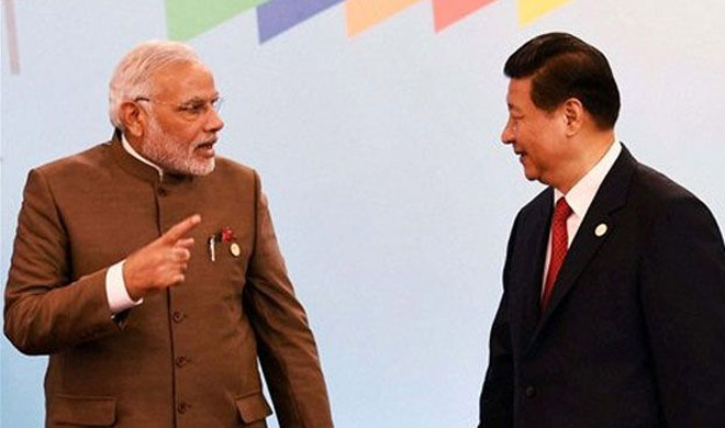 Narendra Modi and Xi Jinping | AP Photo- Khabar IndiaTV