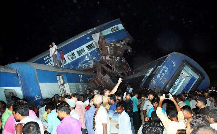 21 killed, 97 wounded in Utkal Express train accident- India TV