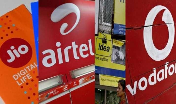 जियो को पीछे छोड़ने के लिए वोडाफोन और एयरटेल ने पेश किए अनलिमिटेड प्लान, कीमत 200 रुपए से कम- IndiaTV Paisa