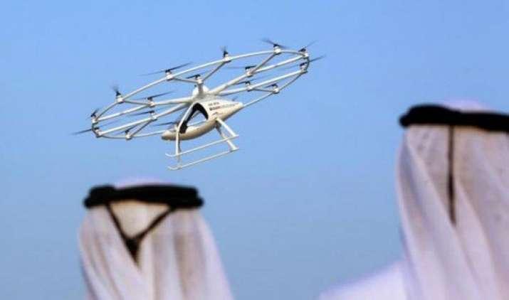 जल्द ही हवा में कर सकेंगे टैक्सी का सफर, दुबई में हुआ दुनिया की पहली ड्रोन टैक्सी का परीक्षण- IndiaTV Paisa