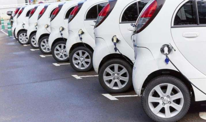 सरकार खरीदेगी 10,000 इलेक्ट्रिक वाहन, टाटा मोटर्स को मिला 11.2 लाख रुपए प्रति वाहन की दर पर ठेका- IndiaTV Paisa