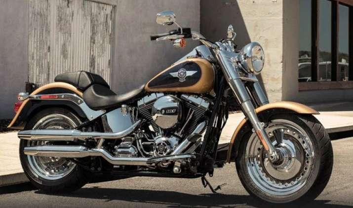 हार्ले डेविडसन ने दिया त्योहारों पर बड़ा तोहफा, कंपनी ने दो बाइक के दाम 2.5 लाख रुपए तक घटाए- India TV Paisa