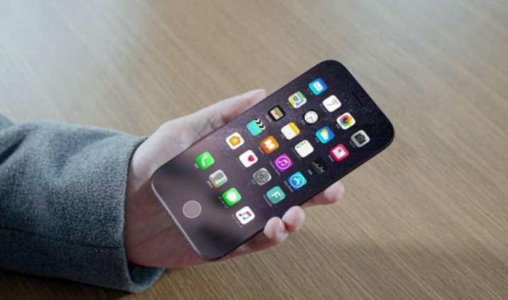 एप्पल का नया आईफोन समझेगा हिंदी भी, अब हिंदी में भी दिए जा सकेंगे इसमें निर्देश- India TV Paisa