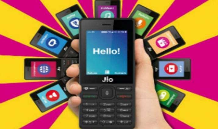 पसंद नहीं आने पर गले पड़ी मुसीबत से कम नहीं होगा जियोफोन, वापस करने पर भरने होंगे 1500 रुपए, पढ़िए पूरी शर्तें- India TV Paisa