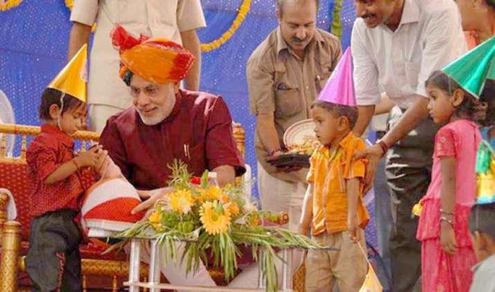 Happy B'day: अपनी सालगिराह पर पीएम मोदी देंगे राष्ट्र को उपहार, दुनिया के दूसरे सबसे बड़े बांध का करेंगे उद्घाटन- India TV Paisa