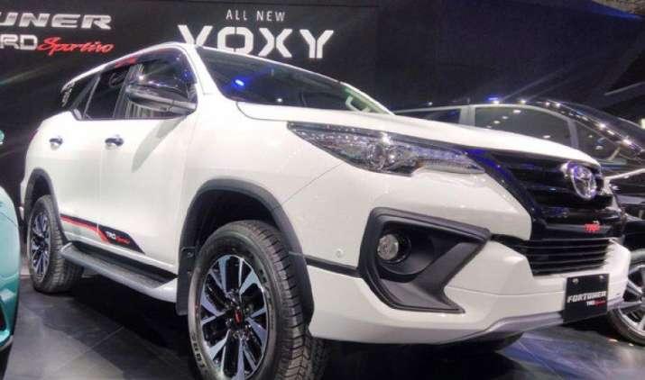 टोयोटा ने भारतीय बाजार में लॉन्च की फॉर्च्यूनर टीआरडी स्पोर्टीवो, कीमत 31 लाख रुपए- India TV Paisa