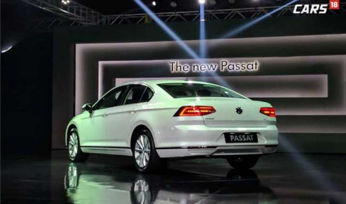 फॉक्सवैगन ने भारत में लॉन्च की अपनी नई लग्जरी कार पसाट, इसमें हैं नौ एयरबैग के साथ कई सेफ्टी फीचर्स- IndiaTV Paisa