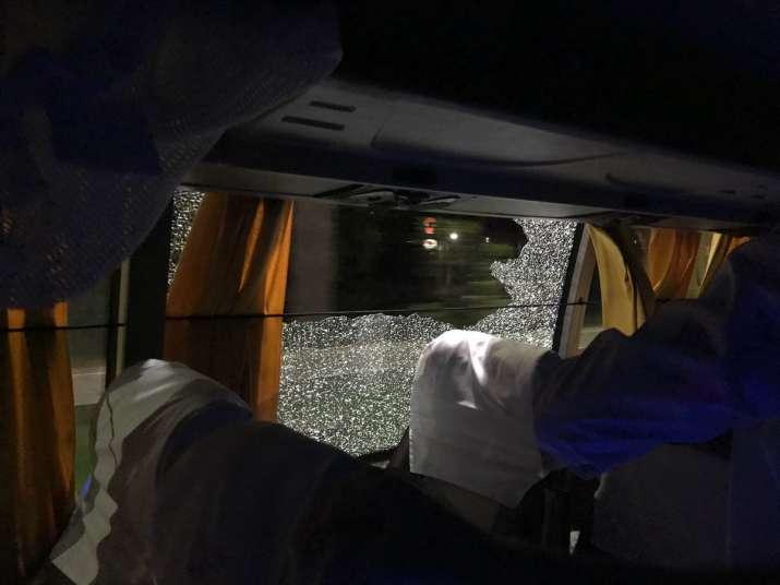 Aussies bus stoned in guwahati- Khabar IndiaTV