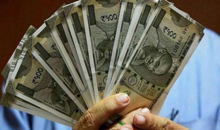 सरकारी बैंकों में अतिरिक्त पूंजी डालने से रुपया होगा मजबूत, शेयर बाजारों में विदेशी निवेशकों का बढ़ेगा रुझान- India TV Paisa