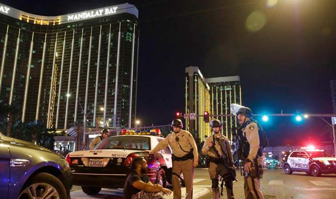 Las Vegas gunman fired on security guard before mass...- India TV