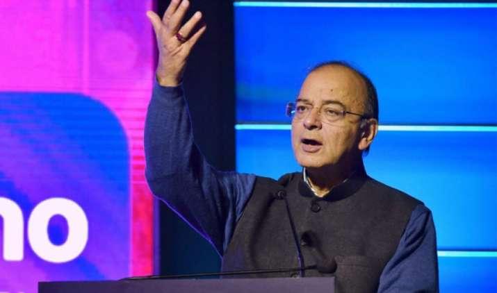 सरकार एनपीए से 'मजबूर' बैंकों को 'मजबूत' बैंक बना रही है, किसी उद्योगपति का कर्ज नहीं किया माफ : जेटली- IndiaTV Paisa