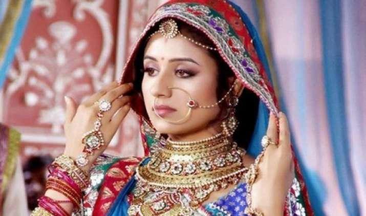 शादी-ब्याह के लिए सोना खरीद रहे हैं लोग जिससे बढ़ गए इसके दाम- IndiaTV Paisa
