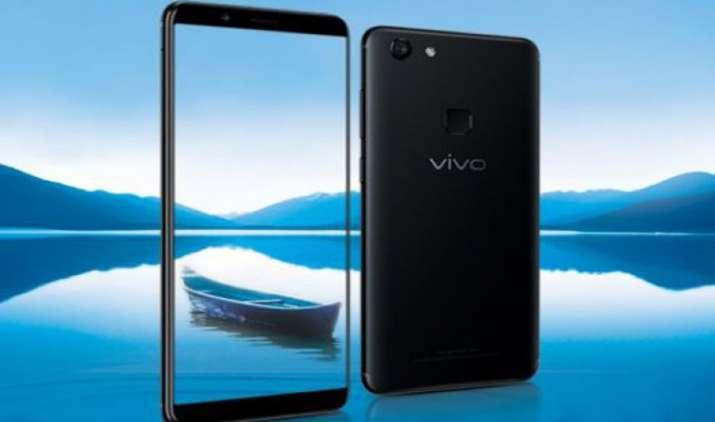 Vivo V7 भारत में हुआ लॉन्च, जानिए फोन की कीमत और फीचर्स की पूरी डिटेल- India TV Paisa